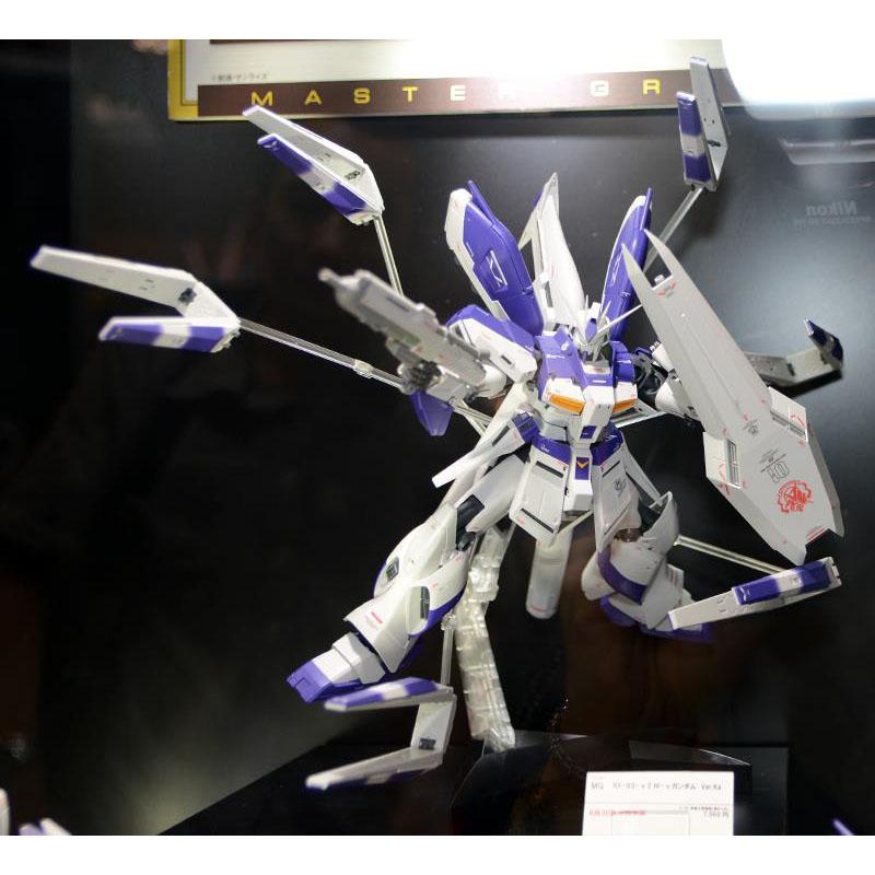MG 1/100 RX-93-ν2 Hi-ν鋼彈Ver.Ka ,益祥模型玩具外盒實際拍攝照片。
