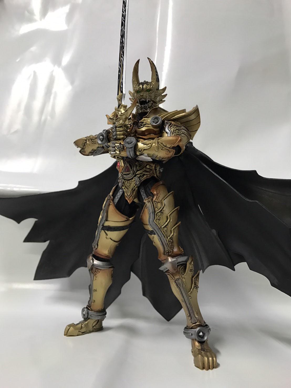 魔戒可動 黃金騎士 牙狼 GARO(冴島鋼牙),益祥模型玩具 本體實際拍攝照片。